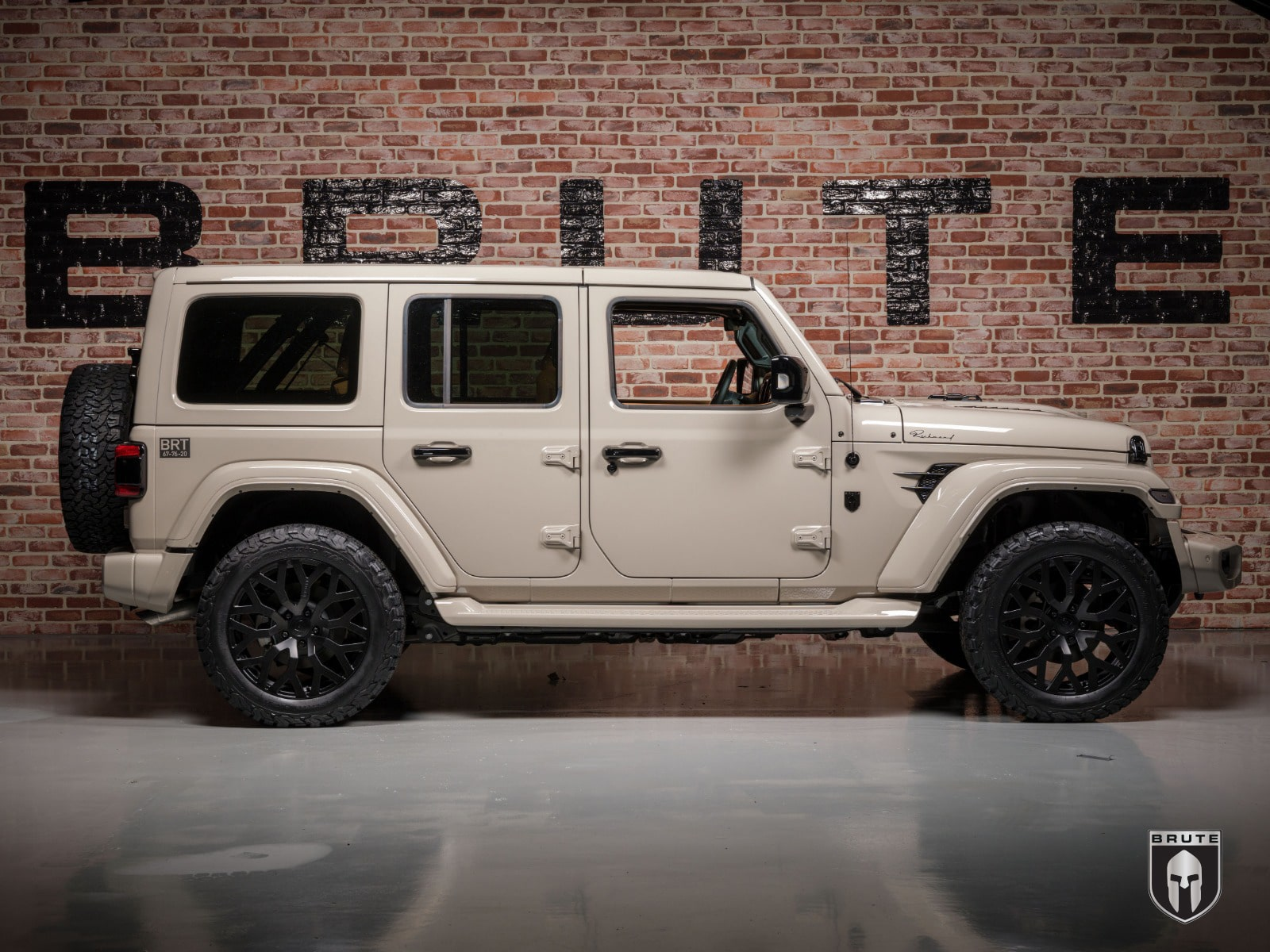 Jeep Brute V